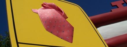 placa de uma gravata